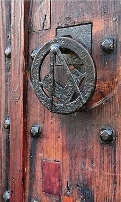 Masonic.door_
