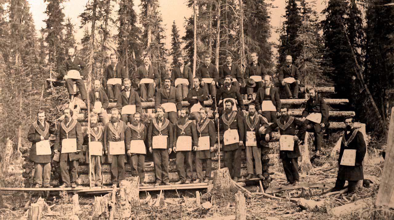 Cariboo Lodge Members at Jonathan Nutt's cabin.